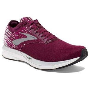 Brooks Ricochet Womens Sneakers